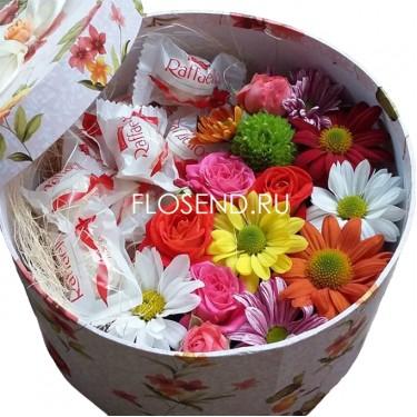 Цветы и сладости в коробке № 190