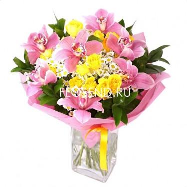 Букет из хризантем и орхидей